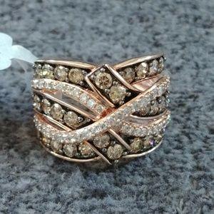 NWT 10K Rose Gold ring w/ CHAMPAGNE DIAMONDS